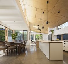 The pine ceiling! Month Albert B&W House, Ben Callery Architects, The Local Project, Australian Architecture and DEsign Plywood Ceiling, Plywood Interior, Home Ceiling, Floor Ceiling, Modern Contemporary Homes, Mid Century House, Modern House Design, Interiores Design, Interior Architecture