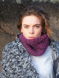 by PocoLocoKnitting on Etsy Cowl Scarf, Knit Cowl, Teenage Girl Gifts, Perfect Gift For Her, Fall Winter Outfits, Womens Scarves, Hand Knitting, Knitwear, Street Style