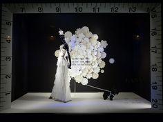 Para um momento especial, muita inspiração.  #bridal #vitrine #retaildesign #shopwindow #noivas #criatividade #visualmerchandising #consultoriavisualmerchandising #gestãovisualmerchandising