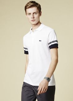 Crafted in France as an homage to the Lacoste heritage, this refined polo is made from an elegant cotton piqué fabric and finished with our signature croc logo. Motif Polo, Mens Casual T Shirts, Polo Shirt Design, Polo Rugby Shirt, Lacoste Polo Shirts, Le Polo, Slim Fit Polo, Moda Casual, Long Sleeve Polo