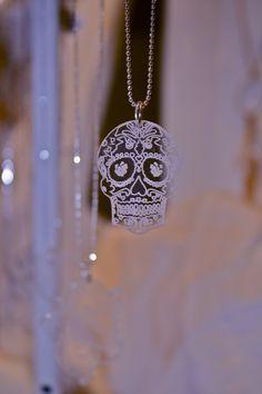Sugar Skull Necklace by Lala Jewellery  jinjinjewellery Bijuterias ac5d98b7b73