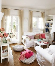 Another combo of burlap mat +white furniture. Peonies give a splash of color that matches with the throw pillows. Clean and pretty!