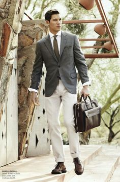 light khaki suit- interesting look.