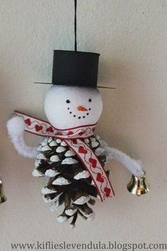 Inseparable Trio of New Year: Snowman, Santa and deer – 30 pics | PicturesCrafts.com