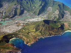 Koko Head in Honolulu, USA   Sygic Travel    #wanderlust #landscape #travel #traveling #travelgram #traveler #blogger #beautifuldestinations #photooftheday #photography #vacation #traveladdict #blog #explore #travelphotography #beautiful #followme #usa