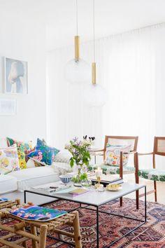 So schön kann skandinavisches Wohnen sein. Sagenhafte Textilien von Josef Frank. Mehr dazu ab heute auf www.seelected.at
