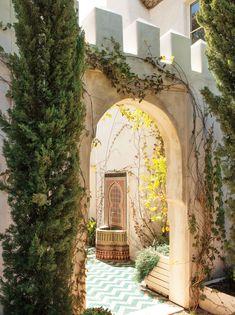 Moroccan style, Richard Shapiro's Malibu villa | Lisa Romerein