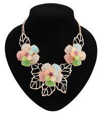New Fashion Elegant Golden Resin Multicolour Flower Statement Choker Necklace