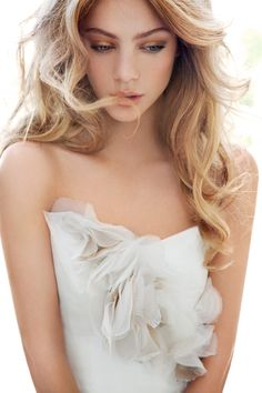 Soft and sweet bridal makeup. Gorgeous!