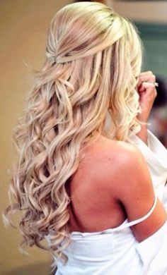 rustic country wedding hairstyles//Saved by Chriss. - rustic country wedding hairstyles//Saved by Chriss. Homecoming Hairstyles, Wedding Hairstyles For Long Hair, Wedding Hair And Makeup, Curled Hairstyles, Pretty Hairstyles, Straight Hairstyles, Hair Makeup, Country Hairstyles, Wedding Nails