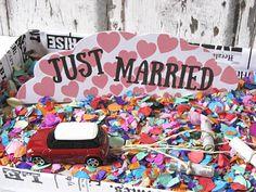 Idee 1: Geldgeschenke zur Hochzeit originell verpacken – Blechdosen für´s Brautauto!