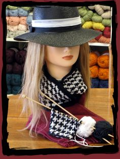 Knitting Houndstooth
