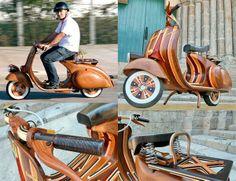 Bellissima! Motos Vespa, Motorcycle, Wood, Vehicles, Construction, Vespas, Father, Building, Woodwind Instrument