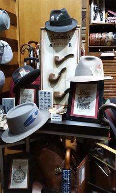 Sombrerería Albiñana - Hand Painting Hats Keurig, Coffee Maker, Kitchen Appliances, Hand Painted, Cool Stuff, Hats, Painting, Men's, Sombreros