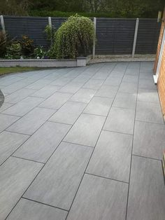 NEW Ardesia Slate Grey Patio Porcelain Paving Slabs pavers 9 Garden Slabs, Garden Tiles, Patio Slabs, Patio Tiles, Garden Paving, Concrete Slab Patio, Paving Stone Patio, Sandstone Paving, Paving Stones