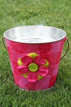 Modge Podge Bucket - I'm thinking I could do this but with boy colors & make it an Easter basket :)