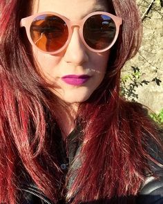 Sun means red reflections. #redhairdontcare #redhair #kikotrendsetters #consiglidimakeup #ibbloggers