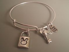 Alex and Ani Style expandable bracelet, bangle, Mickey Mouse Lock and Key, Silver plated,  4 Charms, disney jewelry