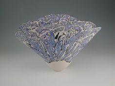 Porcelain And China Refferal: 2967754051 Fine Porcelain, Porcelain Ceramics, Painted Porcelain, Porcelain Tiles, Glass Ceramic, Ceramic Clay, Ceramic Artists, Pottery Art, Decorative Bowls