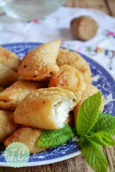 Traditional Greek Cheese Pies from Milos Greek Recipes, Pie Recipes, Greek Cheese Pie, Cheese Pies, Sweet Desserts, Delicious Desserts, Greece Food, Savory Muffins, Greek Cooking