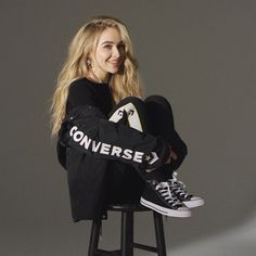 sabrina carpenter x converse ✨ Sabrina Carpenter, Converse, Bradley Simpson, Girl Meets World, Just Girl Things, Woman Crush, Nice Tops, Fashion Outfits, Fashion Trends