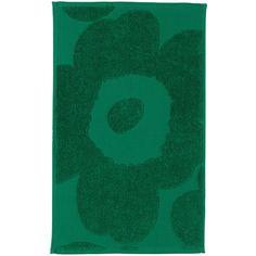 Marimekko Unikko Pinta Towel - Green - Hand (200 HRK) ❤ liked on Polyvore featuring home, bed & bath, bath, bath towels, green, marimekko, green bath towels, cotton bath towels, flowered bath towels and floral bath towels