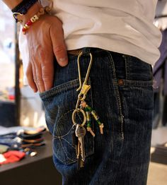 denim and details Fashion Boots, Mens Fashion, Rocker Look, Estilo Denim, Le Male, Dapper Day, Moda Casual, Nudie Jeans, Raw Denim