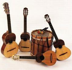 algunos instrumentos tradicionales...de Venezuela.