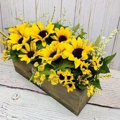 Sunflower Floral Arrangements, Sunflower Centerpieces, Beautiful Flower Arrangements, Beautiful Flowers, Baby Boy Wreath, Rustic Wooden Box, Purple Wreath, Birthday Centerpieces, Wedding Reception Decorations