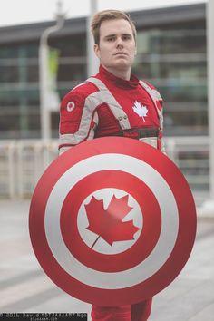 Капитан Канада такой герой реально есть в комиксах и евляется альтернотивай капитана америки