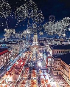 HAPPY NEW YEARS! 🎊🎉🎊 We wish you all an amazing 2018! It's going to be a year full of health, wealth, happiness, and good luck 😊 Photo by  in #Berlin #Germany Follow  and tag us for repost! #realestate #houses #mansion#newyorklistings #development #house #home#luxuryhouses #luxuryhomes #millionaire #mansion#listing #justsold #luxuryproperties #property#investment #interior #design #interiordesign#dubailistings #realtor #realestateagent #openhouse#furniture #landscaping - posted by Daily…