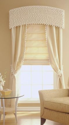 42 ideas diy bedroom curtains cornice boards for 2019 Window Cornices, Window Coverings, Window Treatments, Drapery Panels, Curtains With Blinds, Valances, Curtain Pelmet, Roman Blinds, Rideaux Design