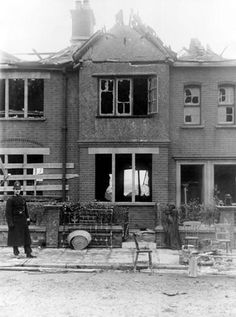 WWI, 19 Jan 1917; A fireman's dwelling on Fort Street after the Silvertown explosion.