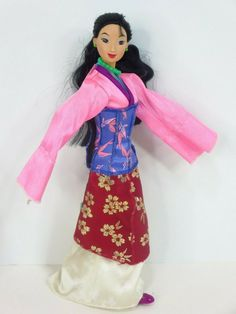 Mulan Doll, Dolly Dress, Vintage Disney, Disney Characters, Fictional Characters, Snow White, Dolls, Disney Princess, Dresses