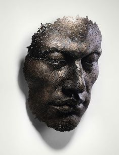 Fabulous work of artist Seo Young Deok from bicycle chains.