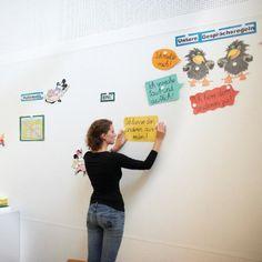 whiteboard wandfarbe projektor und magnetfarbe smartersurfaces kluge wand switzerland. Black Bedroom Furniture Sets. Home Design Ideas