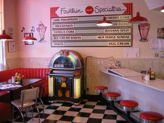 Busy Bee Cafe Ventura - 1950s diner with great Americana food, Hamburgers, Fries, Grilled cheese and more, and great milkshakes and a working juke box
