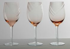 Martha Stewart Crafts Mad About DIY: Summer Outdoors Edition! Use old wine glasses or upcycle ones from the thrift store to make your own modern etched wine glasses!