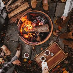 """Fall is for friends, bonfires + @minnetonkamocc's.  [and a leetle bourbon hot cocoa never hurt. ☕️] #minnetonka (with my loves, @kappeljamescloninger…"""