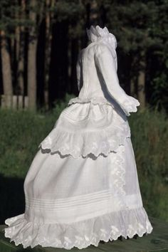 Fabulous-antique-fashion-doll-dress-French-antique-doll