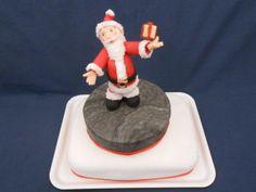 Babbo Natale Con Pacchetto - http://tortedecorate.eu/babbo-natale-pacchetto/