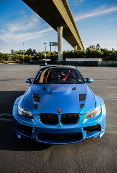 Cool Blue BMW M5! Click the pic for more carporn