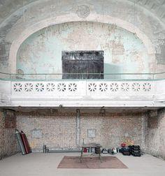 altes hallenbad februar 2012 - Adrian Schulz Architekturfotografie