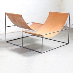 GALERIE VALERIE TRAAN -crossed double seat -MATTER AND SHAPE