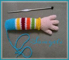 İlk Pepee'yi amigurumiye yeni başladığım zamanlarda Yaseminkale'nin… When I first started amigurumi, I knitted the first Pepee with the recipe of Yaseminkale. Then, upon request, I covered the older one … Baby Knitting Patterns, Amigurumi Patterns, Crochet Patterns, Knitted Dolls, Crochet Dolls, Koala Craft, Crochet Fairy, Free Crochet Bag, Crochet Motifs