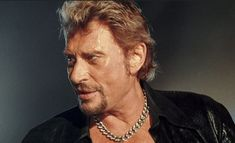 Johnny Hallyday: L'histoire d'un phénomène rock français Tom Hanks, Usa Today, Rock And Roll, Concert, Progressive Rock, Learning Guitar, Dancing With The Stars, Jewerly, Rock Roll