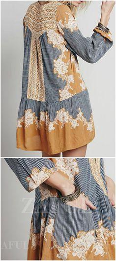 pretty bohemian loose fitting pocket dress.