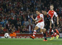 Arsenal qualify for the Champions League in 2014 despite a Debuchy red card, and as a result of the goal scored by Chilean Alexis Sanchez