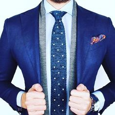 A beautiful tie and pocket square lights up a plain blazer  Our favourite is the tie what's yours?  ________________________________  Photo: @theclassyclub  #suitandtie #suitedup #suited #suits #suit #londonfashion #suitlover #suitup #suitstyle #suitedman #pocketsquare #suitswag #ss17 #suitselfie #mensfashion #menssuits #mensfashionpost #menstrend #mensapparel #fashionformen #fashionbag #highstreetfashion #alexandercaineuk #italiandesign #weddingsuit #rayyounis