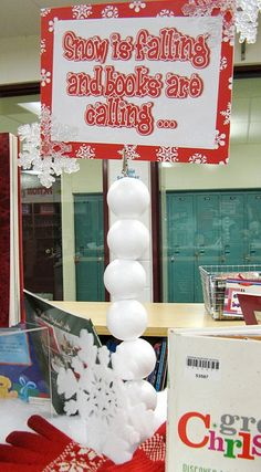 Snowball-Supported Sign by Enokson, via Flickr